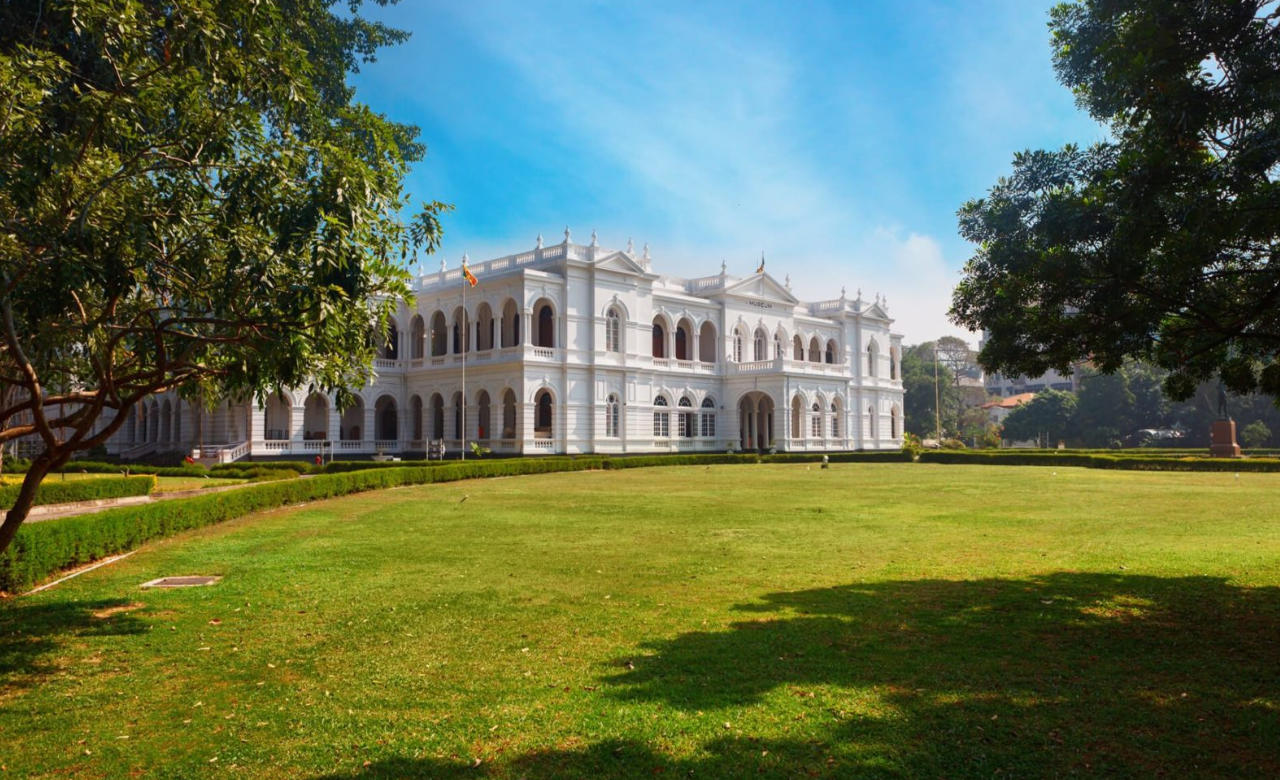 Colombo Museum and the Natural History Museum